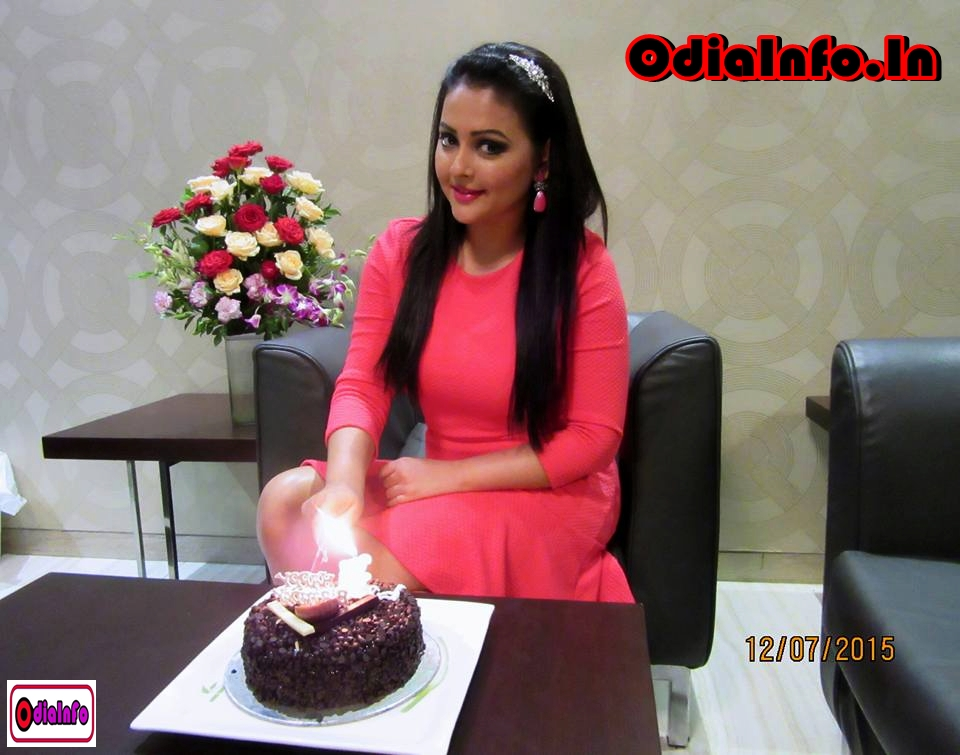 Megha ghose ollywood actress full biography for Archita ghosh
