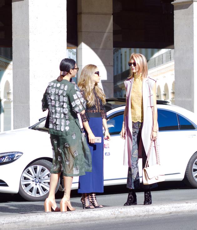 3 chic looks in Paris