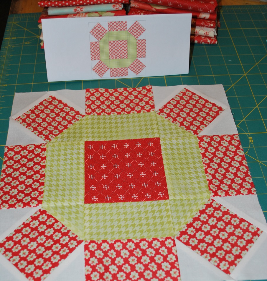 Sisters and Quilters}: APPLE PIE IN THE SKY QUILT ALONG BLOCK 3 : apple quilt block - Adamdwight.com