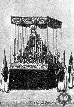 Manto y saya Virgen del Patrocinio El Cachorro hermanas Antúnez 1881 1882