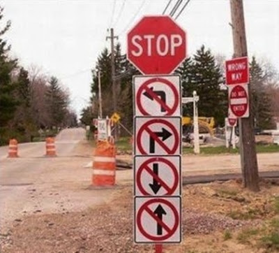 Funny road sign - very confusing