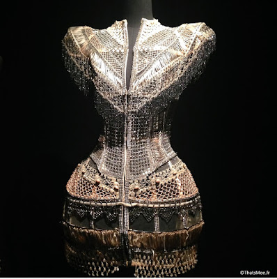 corset bijou métal Jean-Paul Gaultier, expo JPG Grand Palais Paris