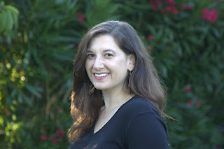 Picture of romance author Elisabeth Barrett