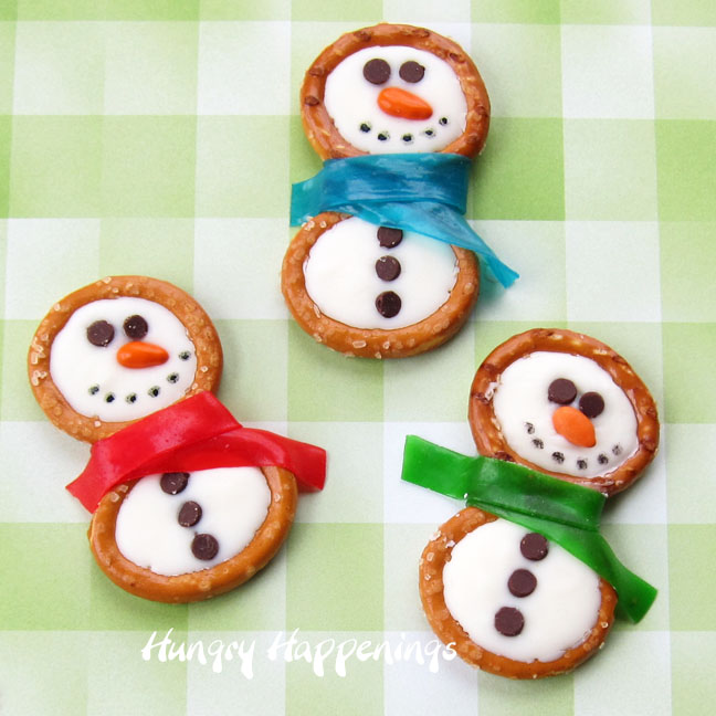 Winter themed treats - Frosty Snowman Pretzels - Hungry Happenings