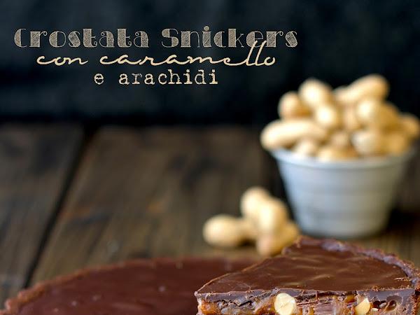 Crostata Snickers con caramello e arachidi