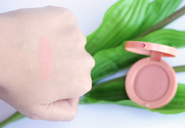 Bourjois Cream Blush in 01 Nude Velvet Swatch