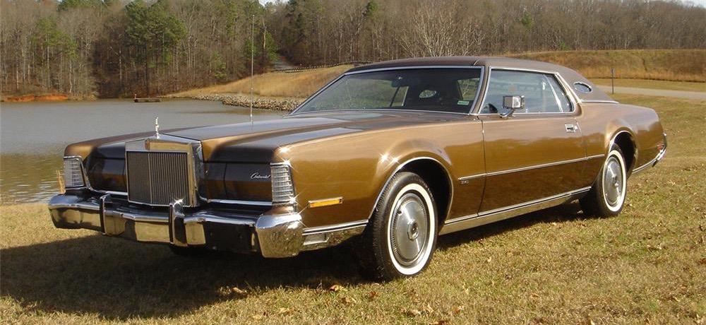 Lincoln Town Car 2016 >> Car Style Critic: America's 1970s Opera Window Fad