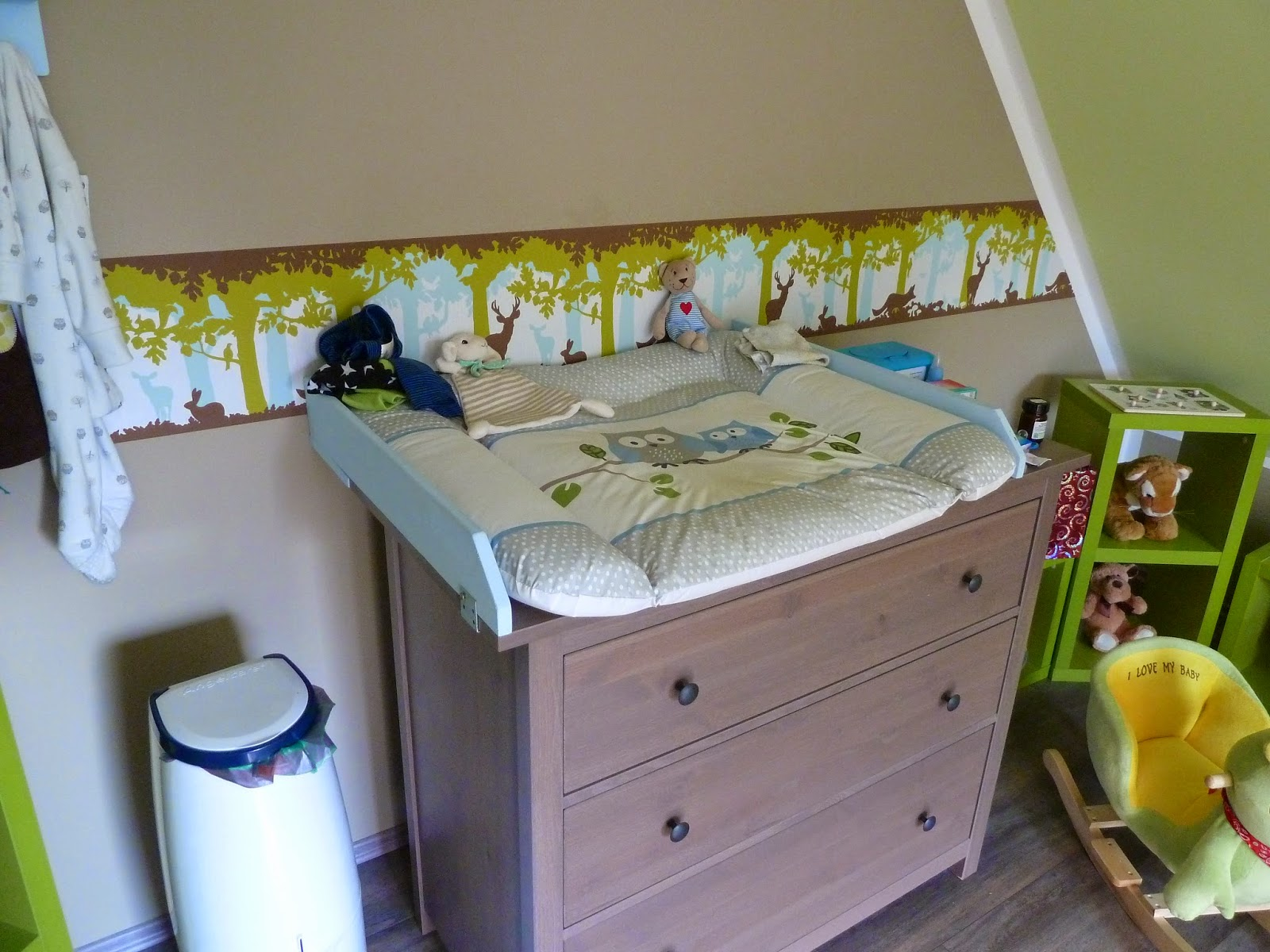 mutterfreu n de so wohnt kilian. Black Bedroom Furniture Sets. Home Design Ideas