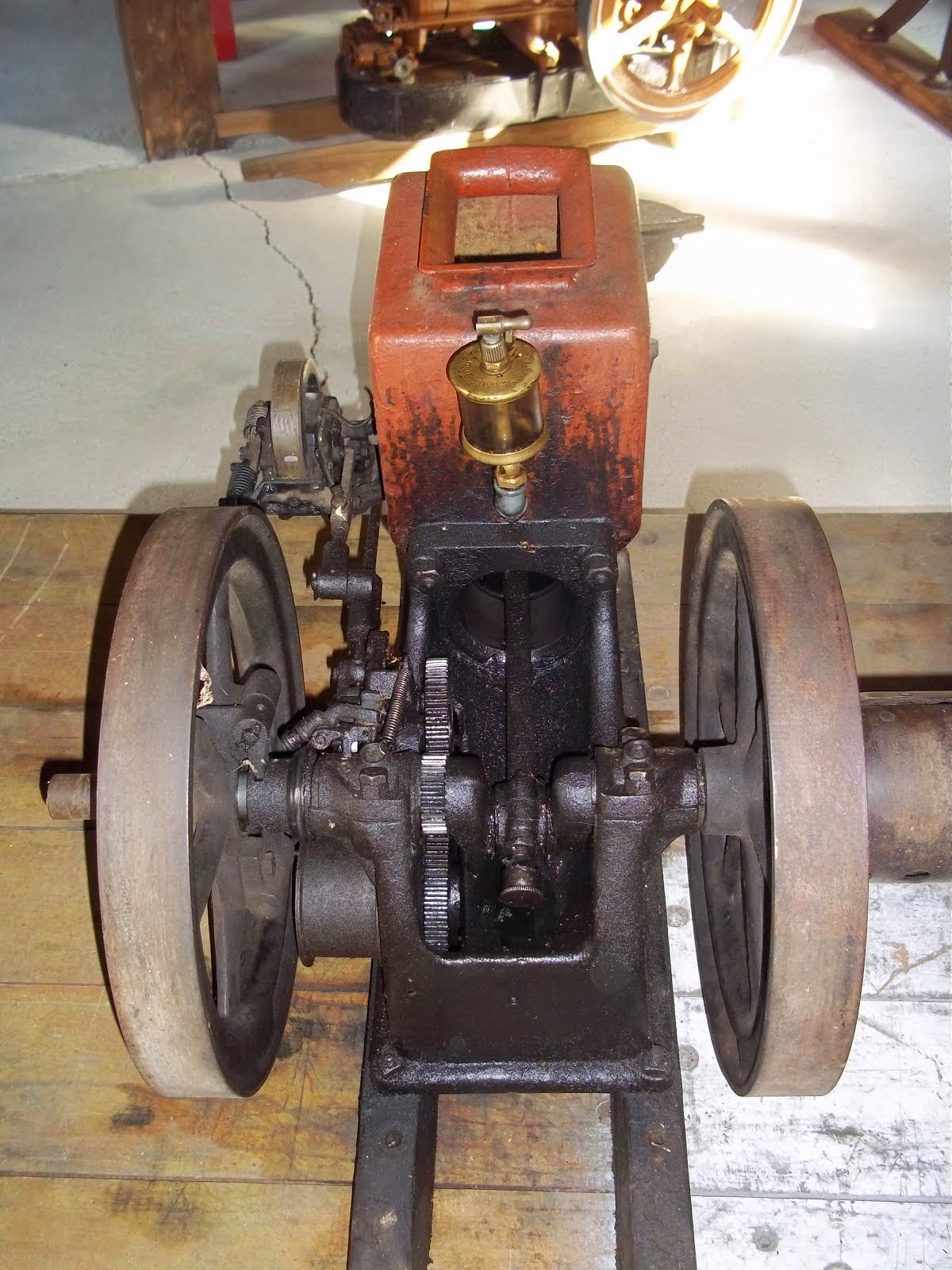 Antique Engine Repair & Maintenance