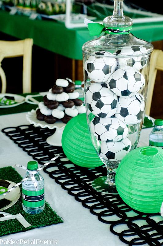 Fiestas con encanto: Decoración mesa de cumpleaños: Fútbol