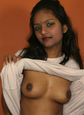 my sexy gf nude pices