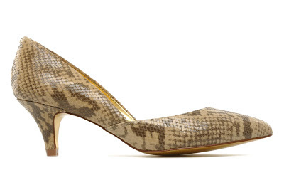 Low heel snake effect court shoes