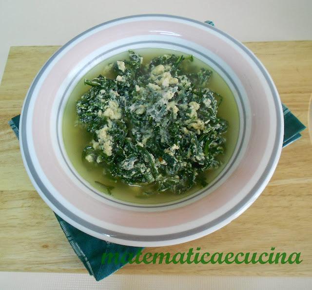 zuppa di cicoria con uova e formaggio