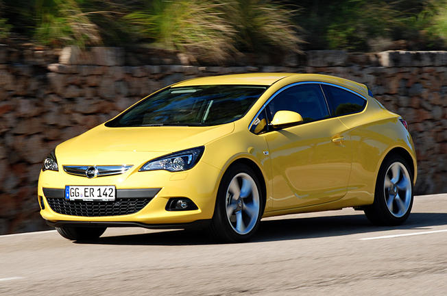 nouvelle opel astra gtc 1 6 turbo 180 ch 2012 essai complet infos live. Black Bedroom Furniture Sets. Home Design Ideas