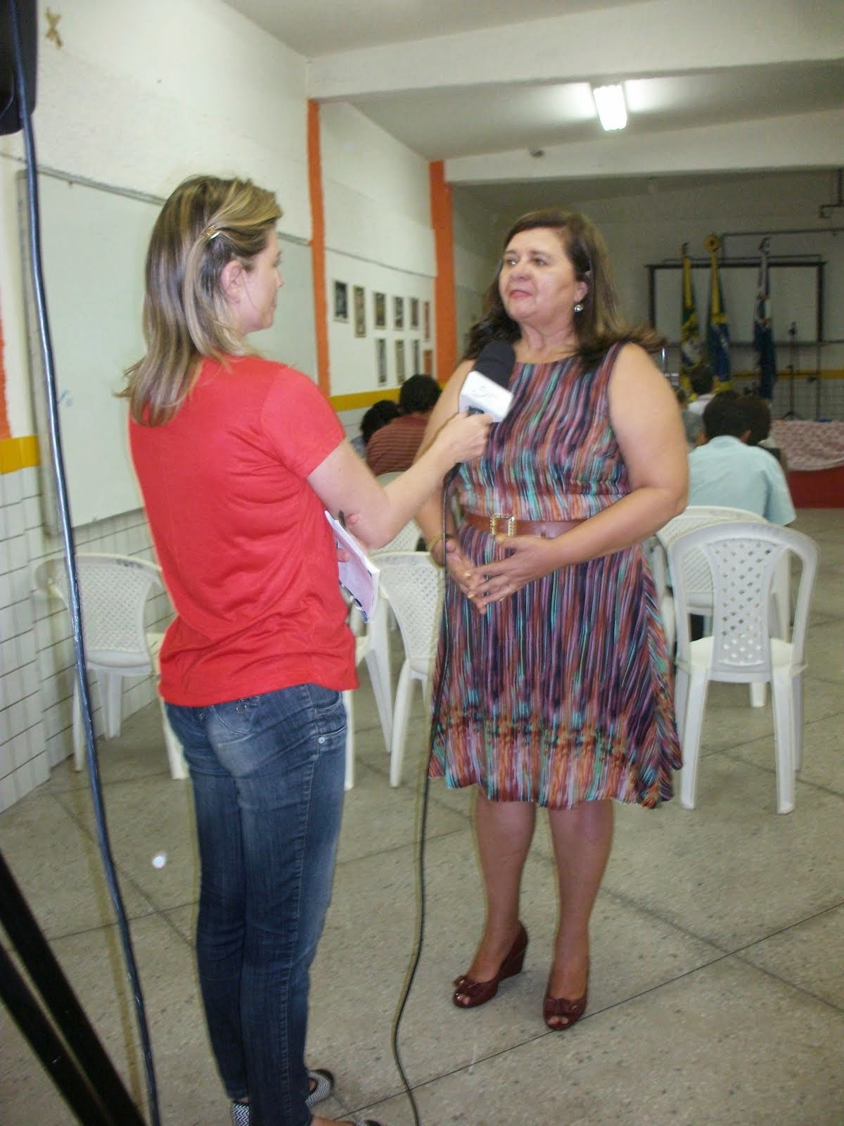 entrevista sobre o currículo do EMND