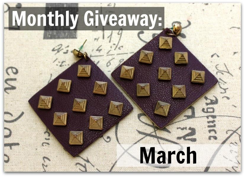 Monthly giveaway/ Mjesecno darivanje: