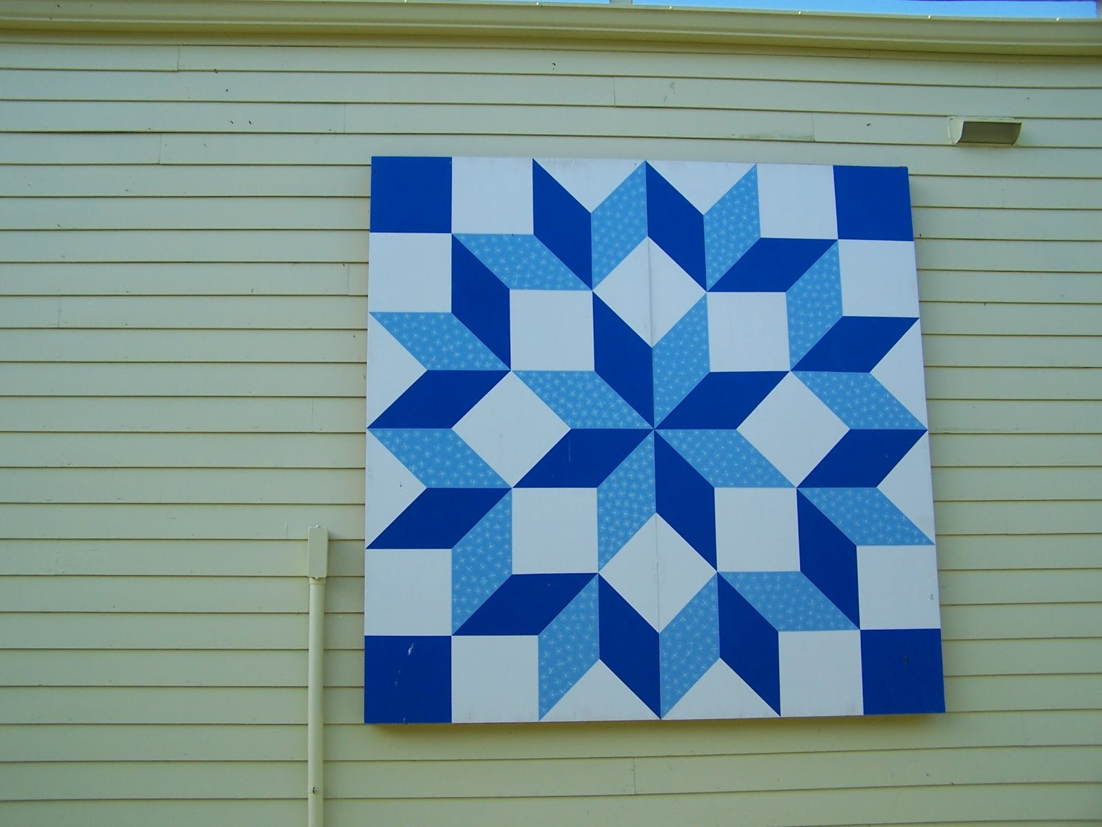 Glady's Gab on Quilts and Quotes: September 2012 : university of kentucky quilt - Adamdwight.com