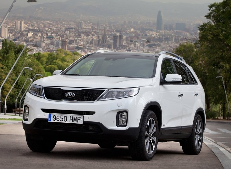 Sport car garage kia sorento eu version 2013 for Garage kia 95