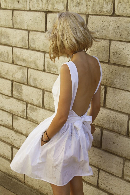 Фото девушек блондинок с каре со спины 11 фотография