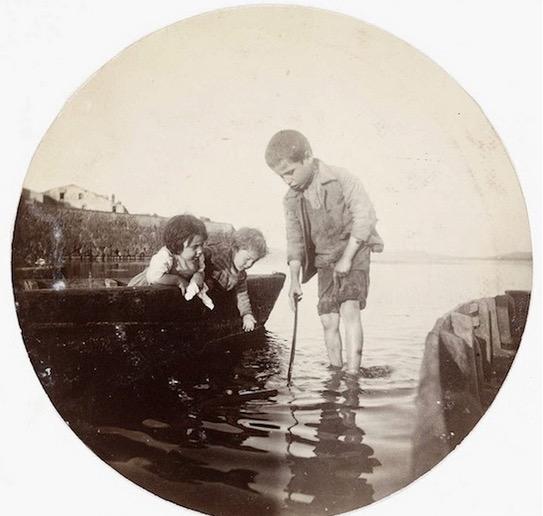 Saksikan Gambar yang Diambil Dari Kamera Pertama di Dunia