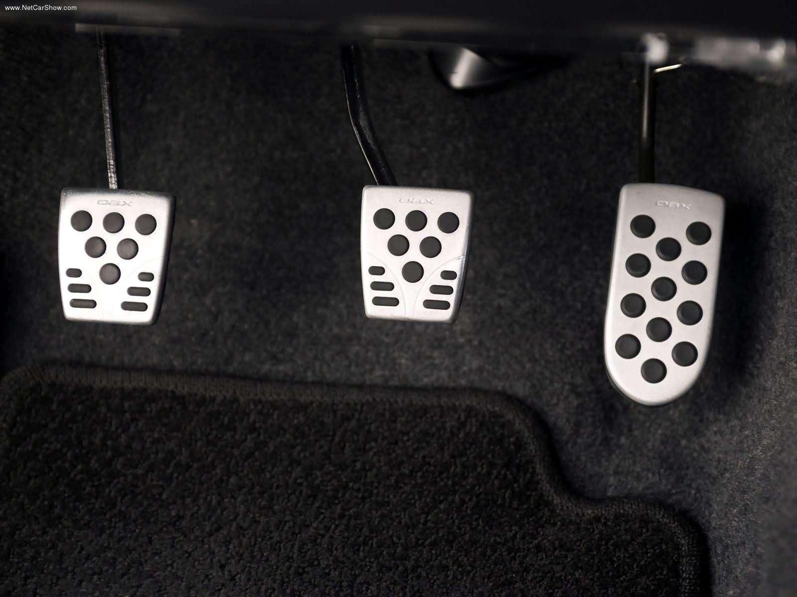 Hình ảnh xe ô tô Scion TRDEquipped xB 2005 & nội ngoại thất