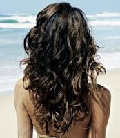 prendre soin de ses cheveux à la plage