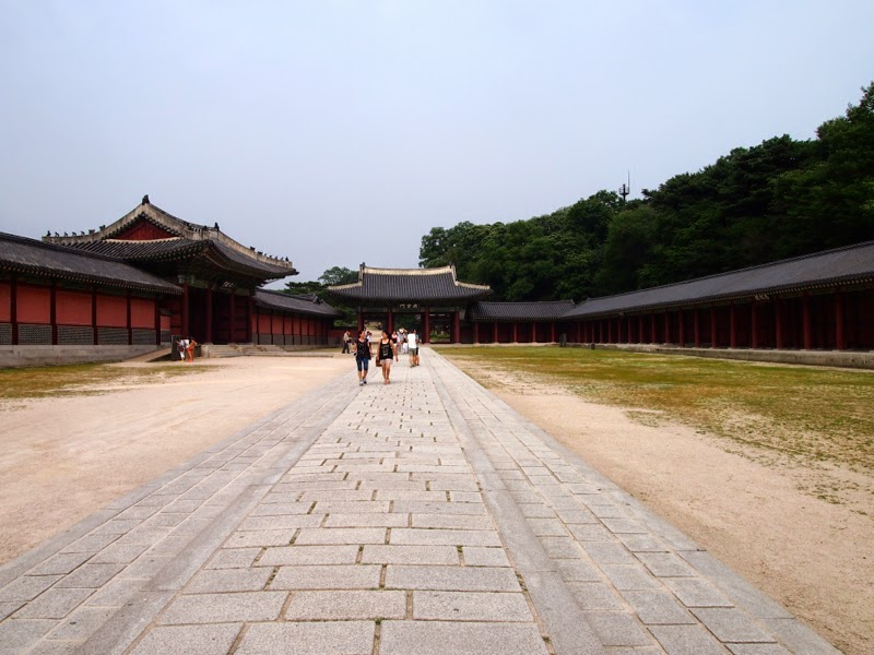Ewha University Summer Studies Travel Seoul Changdeokgung Huwon lunarrive blog singapore