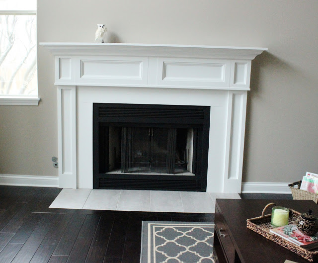 White Mantle Fireplace Makeover