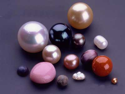 http://2.bp.blogspot.com/-h0BvmyIKOug/T9dlWmh1c4I/AAAAAAAAAPE/LiUvtCdaCpc/s1600/pearls-selection.jpg