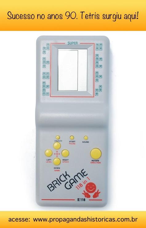 Conheça a história do Tetris: um dos jogos mais famosos nos mini-games dos anos 90.