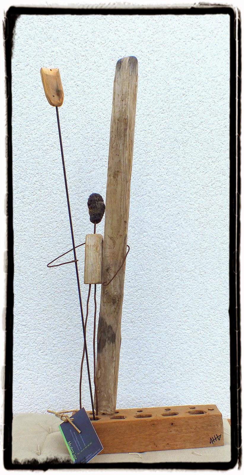 Get up stand up statue en bois flott mutoz inc art for Bois flotte sculpture