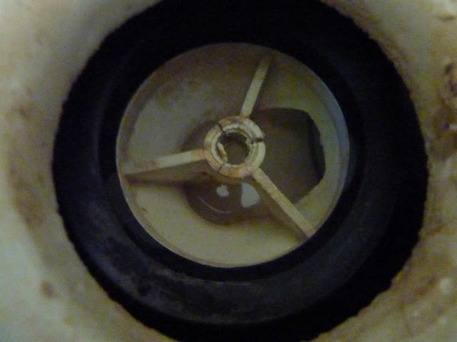 De madrid al pijo como reparar el desag e de una ducha for Como eliminar cucarachas del desague