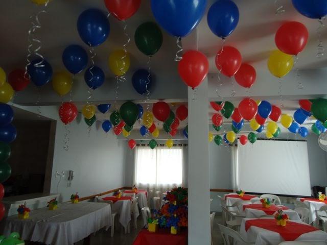 Fazendo a festa Balões no teto -> Decoração De Festa Com Balões No Teto