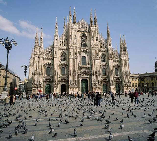 # Marriot Canal St - Hotels Near Duomo Square Milan