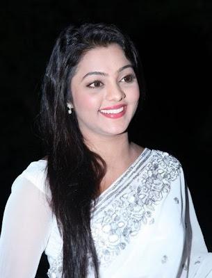 Actress kajal yadav looking gorgeous in white hot saree latest photos