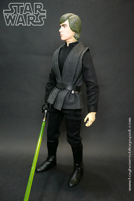 This Medicom Toy 1/6 Scale RAH (Real Action Heroes) Star Wars Jedi Knight Luke  Skywalker 12 Inch Figure Also Came With A Brown Jedi Cape (not Shown) Which  ...