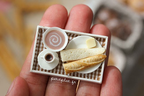 12-Stéphanie-Kilgast-Incredible-Miniature-Foods-Savoury-Sweet-Dishes-Dolls-House-www-designstack-co