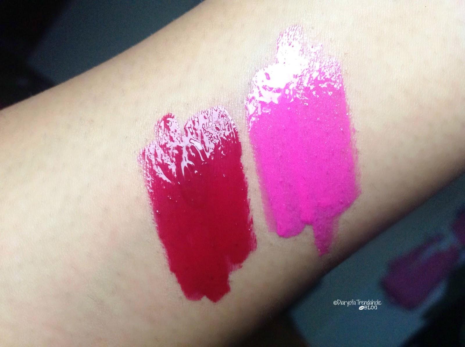 Diary Of A Trendaholic Revlon Ultra Hd Lipsticks And Lip Lacquers Lipstick No840 Pointsettia Swatches From Left To Right 545 Carnelian 510 Tourmaline