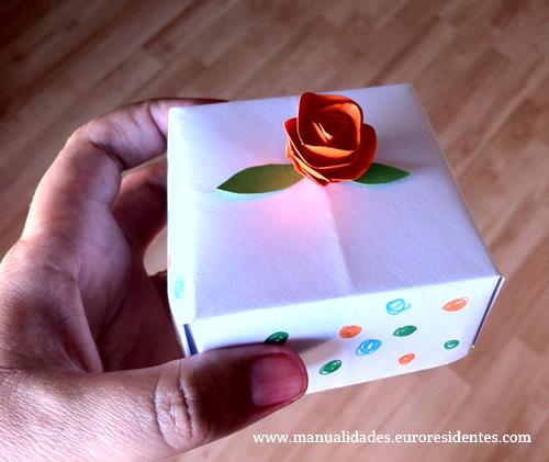 Manualidades faciles de hacer con papel para regalar imagui - Como hacer manualidades faciles ...