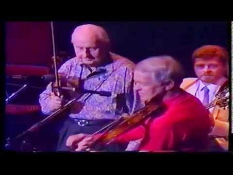 http://jazzdocu.blogspot.it/2014/12/80-ans-stephane-grappelli-1987.html
