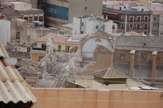 A pie de obra cimentaciones de edificios en condiciones for Arquitectura tecnica ull