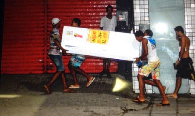 Ridículos protestos contra a copa