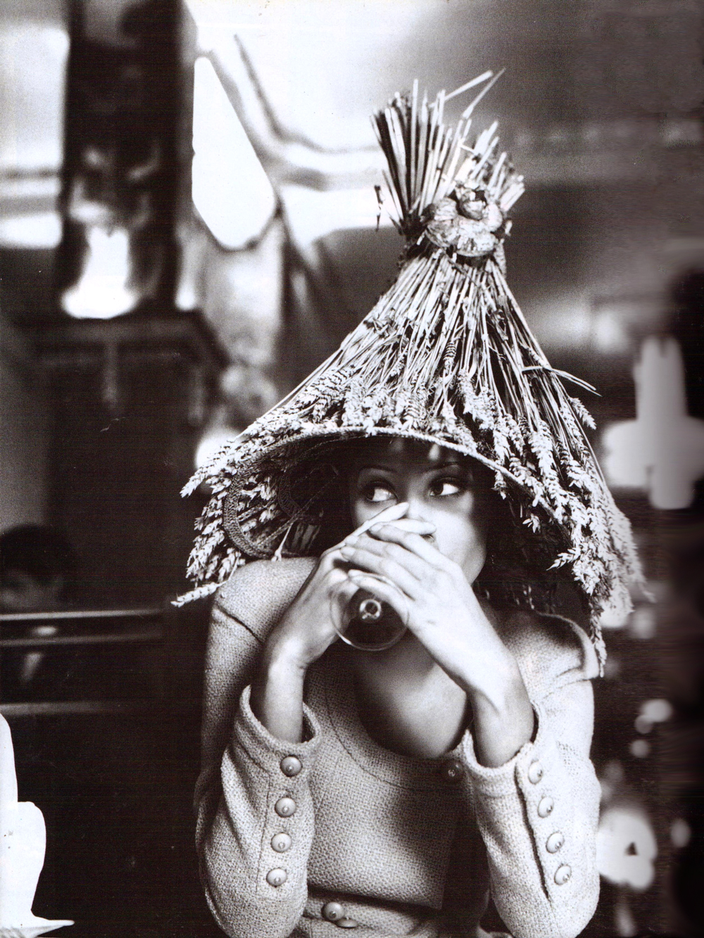 Christy Turlington in Vive Paris! / Vogue Italia February 1992 (photography: Steven Meisel, styling: Carlyne Cerf de Dudzeele) via fashioned by love / british fashion blog