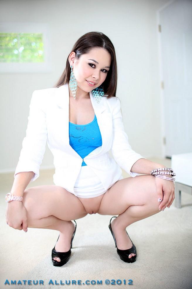 Cute Asian Cum In Mouth