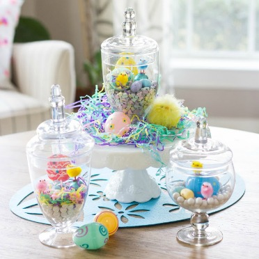 The sweetest Easter candy terrariums!