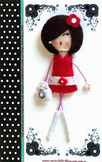 Susies, sixties, broches, fieltro, muñecas, handmade