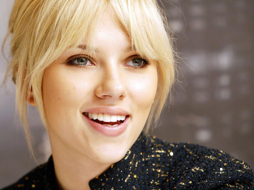http://2.bp.blogspot.com/-h3PYtregbUs/T-UW4JCDyFI/AAAAAAAAHNs/jLeU_U5KR8A/s1600/Scarlett+Johansson-wallpaper-3.jpg