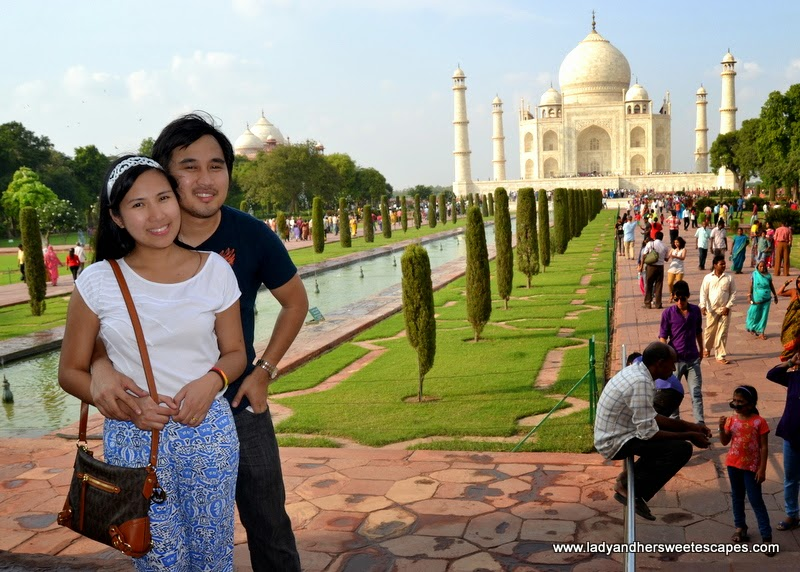 Ed and Lady at Taj Mahal in Agra