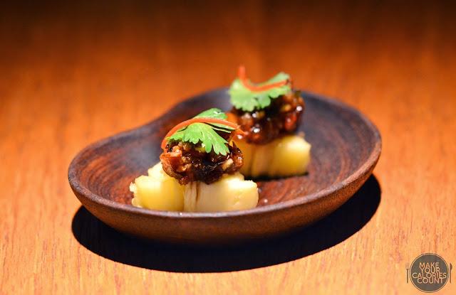 Bkk nahm world 39 s first michelin star for thai cuisine for Amuse bouche cuisine