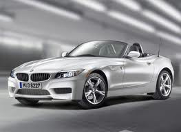 Front 3/4 view of white 2011 BMW Z4